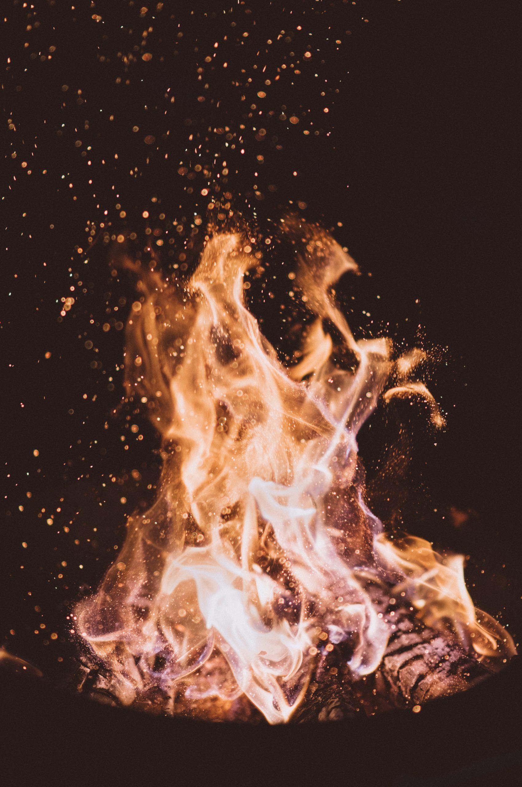 占い 火事 の 夢